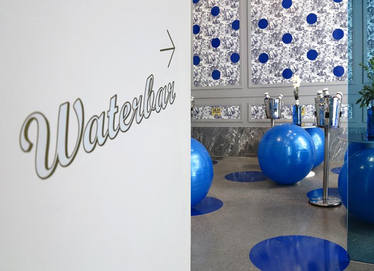 01-waterbar-dentro